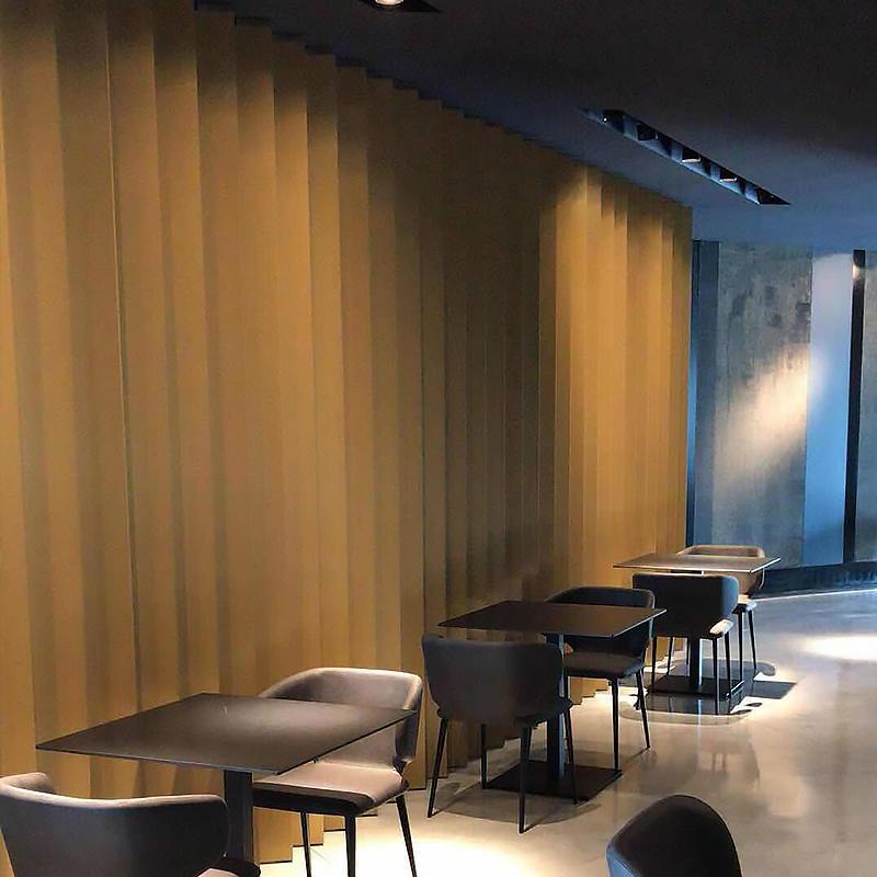 Les Italiens Hotel Led Interior Lights